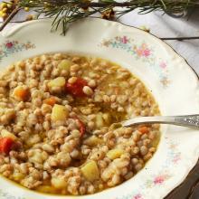 Zuppa di farro e patate