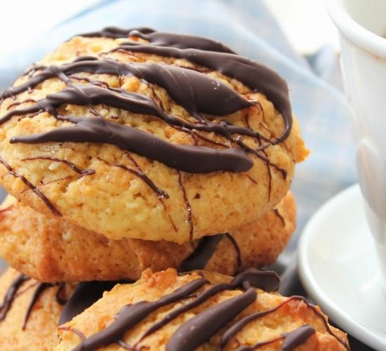 Biscotti all'arancia, cannella e cioccolato