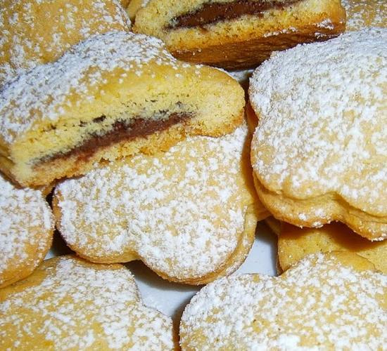 Biscotti cuor di nutella - ricetta passo passo