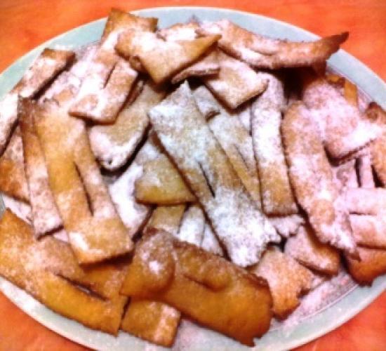 Cenci di carnevale all'arancia (toscana)