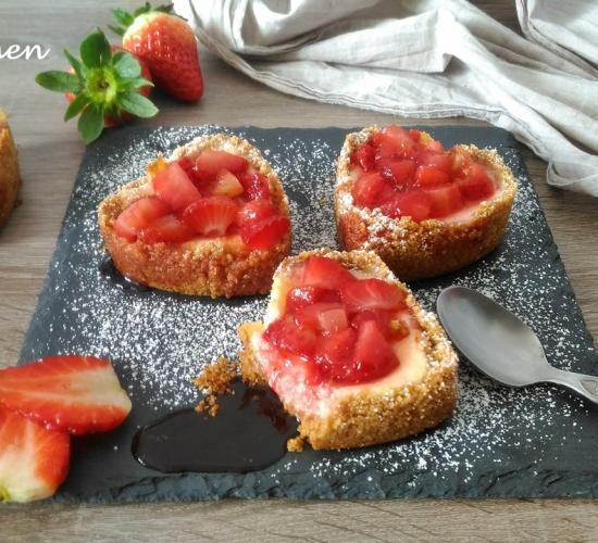 cuori di cheesecake alle fragole ( ricetta per san valentino)