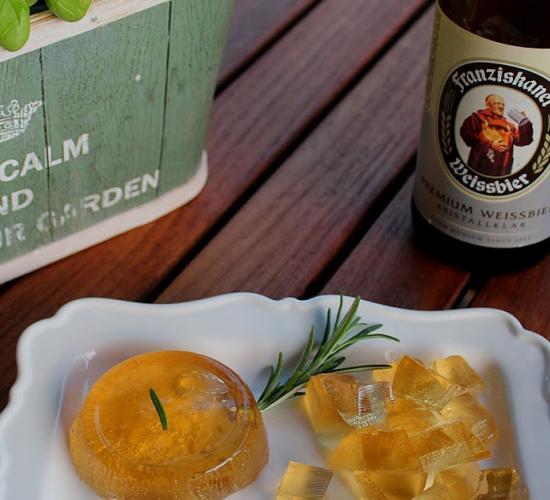 gelatina alla birra al profumo di rosmarino