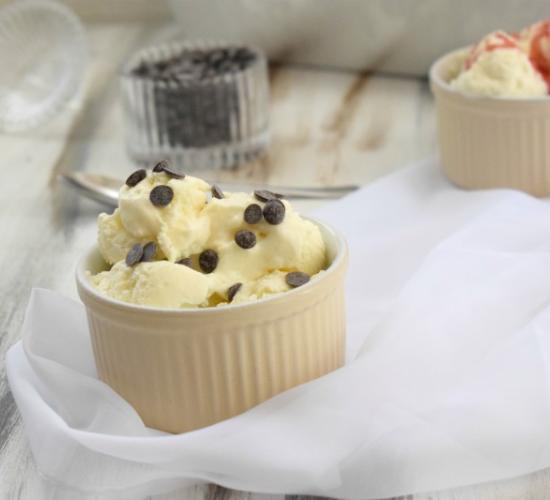 Gelato con skyr alla vaniglia (senza gelatiera)