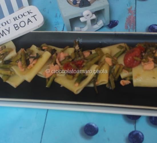 Paccheri,salmone e asparagi:  primo piatto estivo e veloce