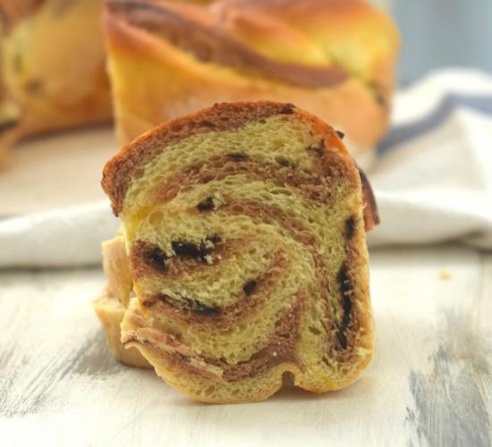Pan brioche con vortice al cacao hokkaido chocolate bread