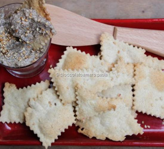 Patè di funghi con cracker