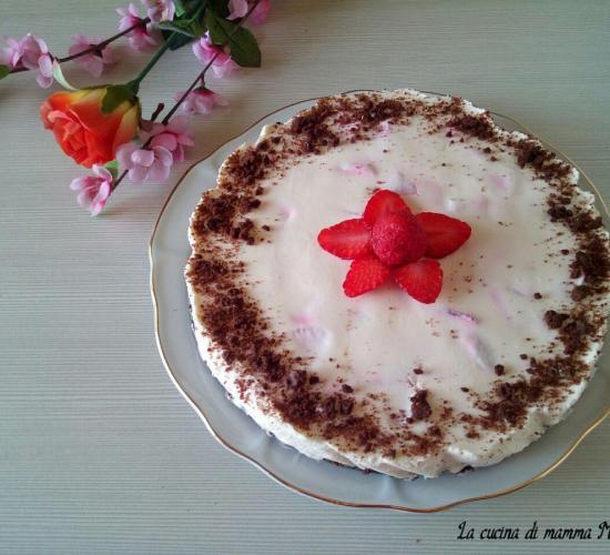 Torta fredda pan di stelle mascarpone e fragole