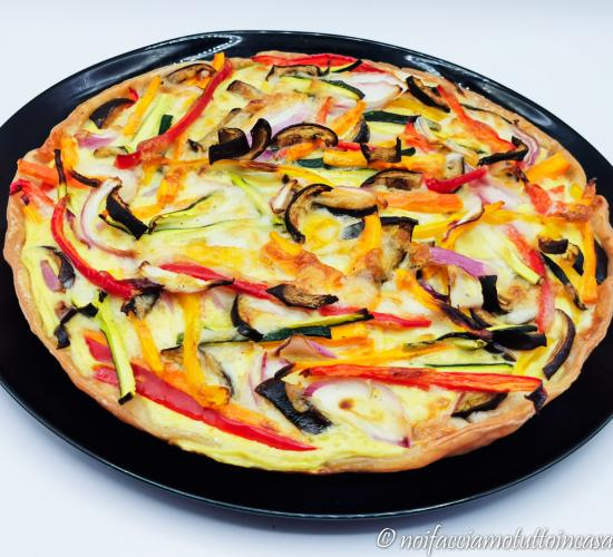 Torta salata gluten free con verdure e taleggio