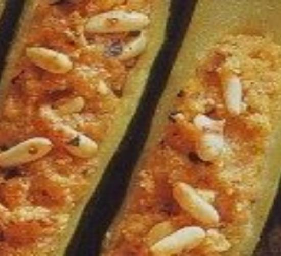 Zucchine farcire pecorino e pinoli